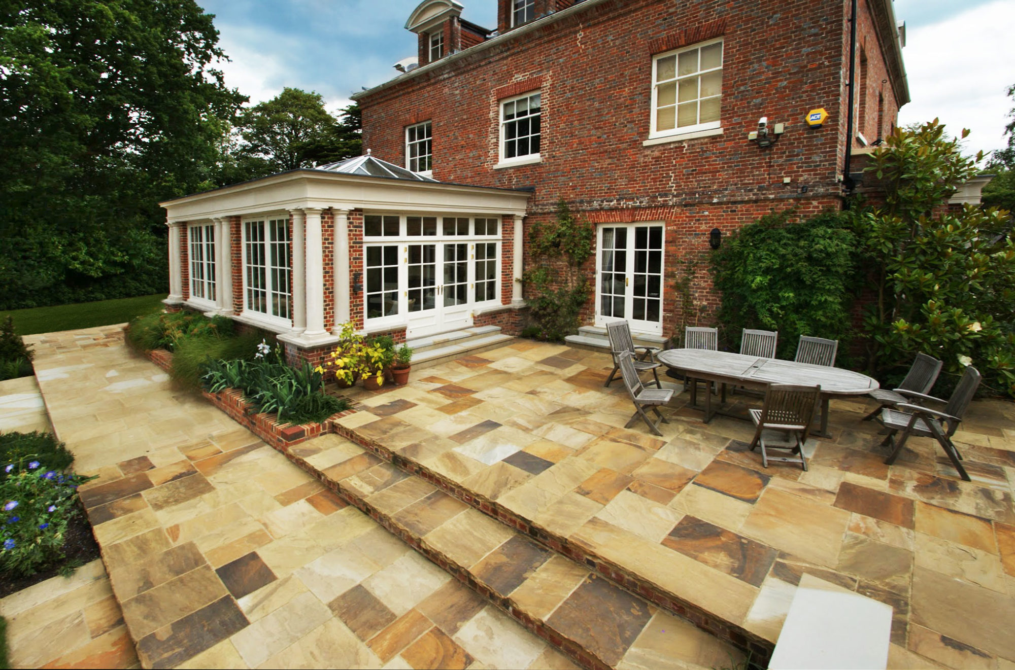 Stone UK – A Natural Stone Supplier In The North Of England